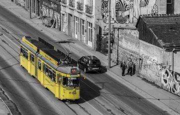 Žuti tramvaj u Beogradu