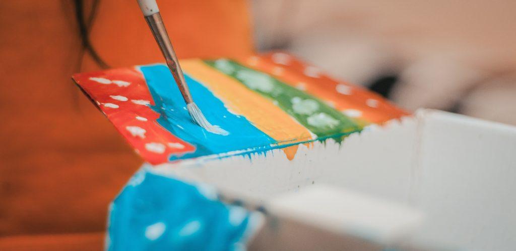 boja-cetkica-farbanje
